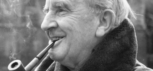 """""""Fiat"""" Tolkiena"""