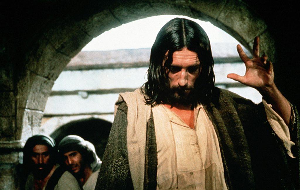 """(kadr z serialu """"Jezus z Nazaretu"""")"""
