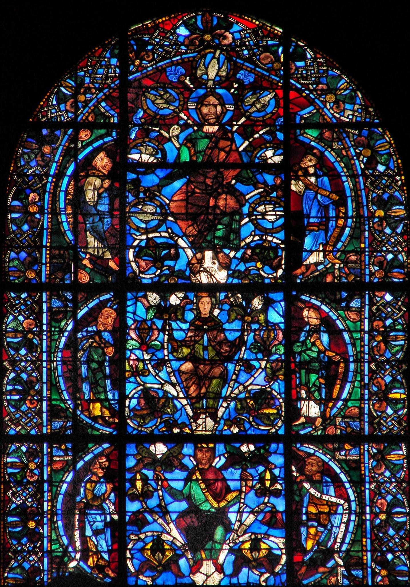 O Korzeniu Jesse! - witraż z katedry w Chartres - fot. Wikimedia Commons