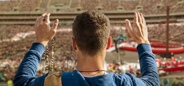 Nie wylać dziecka z kąpielą, czyli o ruchach charyzmatycznych w Kościele katolickim