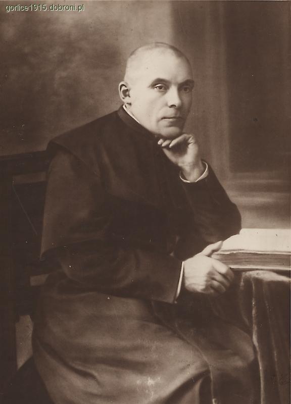Ks. Bronisław Świeykowski - fot. dobroni.pl